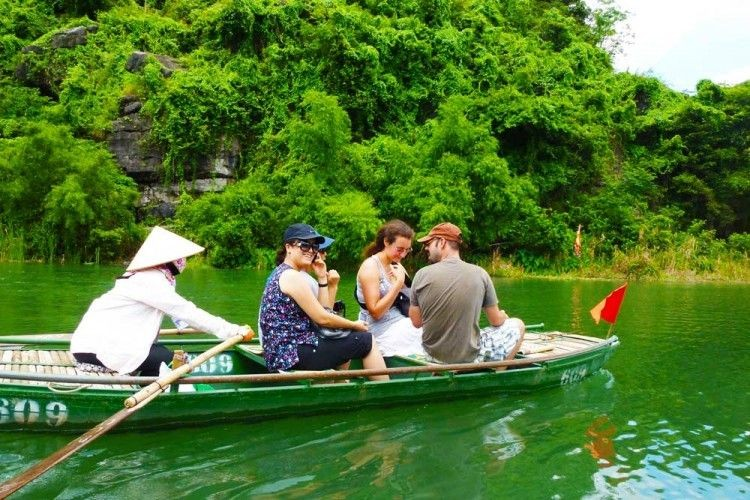 Hoa Lu - Tam Coc 01day trip